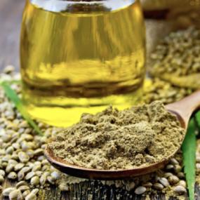 Făina de cânepă – beneficii și recomandări